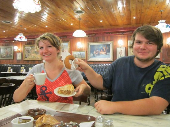 Wall Drug: Trying the five cent coffee, apple pie and donuts.