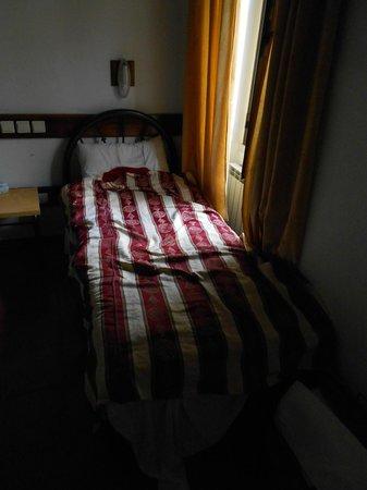 Custodia Di Terra Santa Casa Nova: Bed