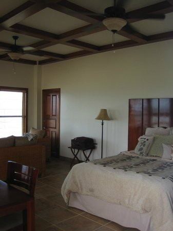 Hatchet Caye Resort : Cabana #7