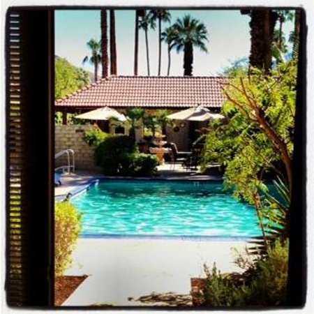 La Maison Hotel: View of the pool from our suite