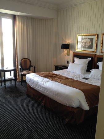 Hôtel Barrière Le Majestic Cannes : chambre