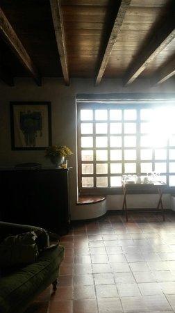 Caserio de Mozaga: Salon- 2
