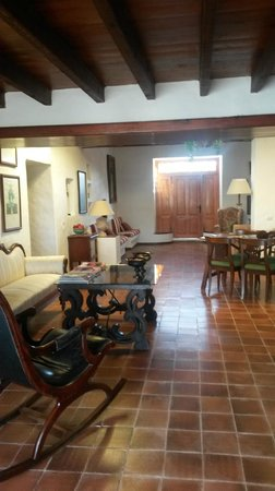 Caserio de Mozaga: Salon- 1