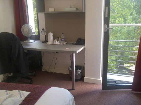 Imperial College Accommodation Prince's Gardens : Useable work desk.  Window opened to provide cooling