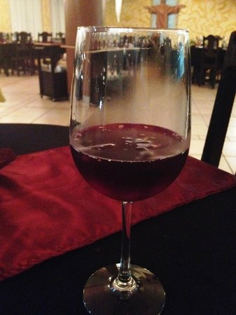 Fogo do Brasil: clericot (red wine with fruits)