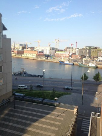 Radisson Blu Seaside Hotel, Helsinki: The view if i looked to my right