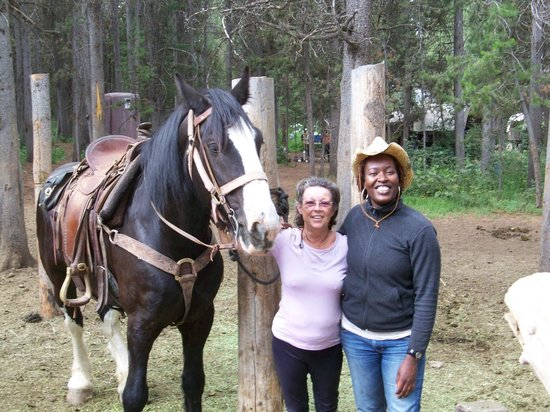 Teton Wagon Train & Horse Adventure: dilila & carol