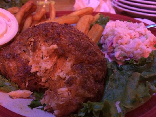Dead End Saloon and Fish Factory: Crabcakes!!! Mmm!