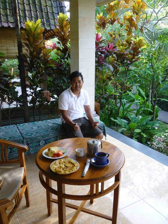Abangan Bungalow: Wayan and the great breakfast