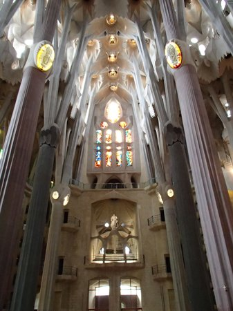 Barcelona Hotel Colonial: Basilica of the Sagrada Family Inside