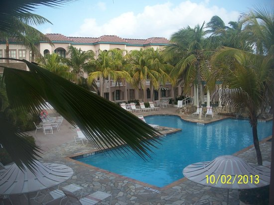 Caribbean Palm Village Resort : Pool view room is the way to go