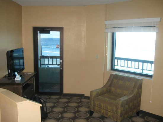 Best Western New Smyrna Beach Hotel & Suites: One of the views to the ocean