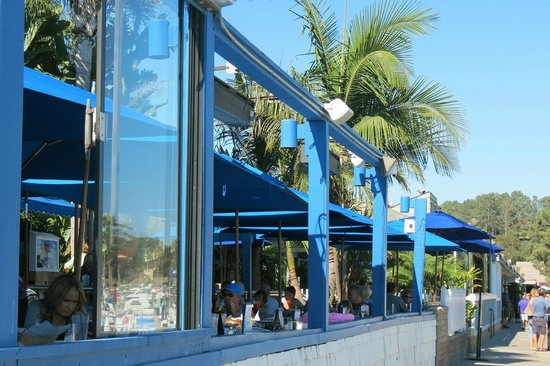 Wind & Sea Restaurant: Patio dining available.