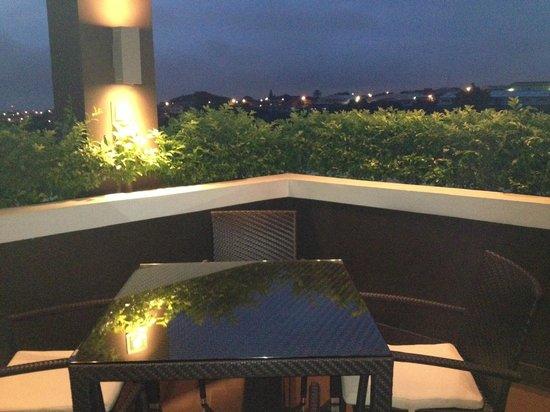 Wyndham Garden San Jose Escazu: Terrace view