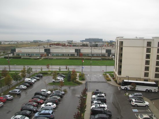 Hampton Inn by Hilton Toronto Airport Corporate Centre: View from hotel.
