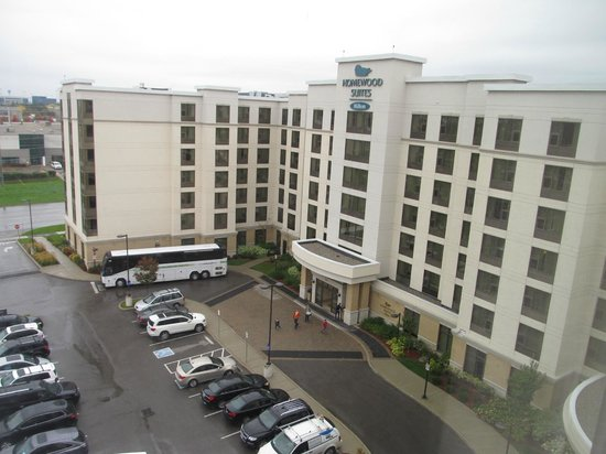 Hampton Inn by Hilton Toronto Airport Corporate Centre : Homewood Suites from Hampton Inn.