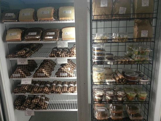 Andrae's Kitchen: Gourmet Grab and Go available 24hrs