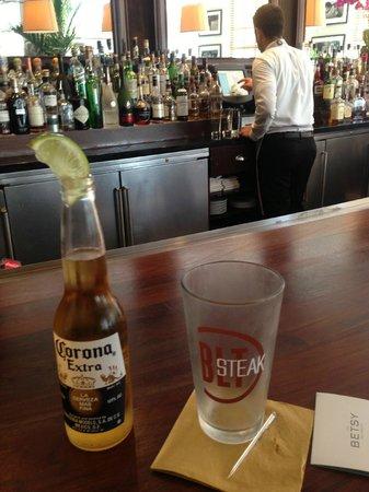 The Betsy - South Beach : Bar