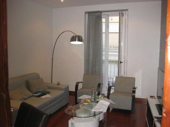 Madrid SmartRentals Atocha : Lounge room