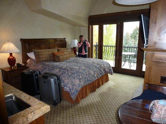 Hyatt Grand Aspen: Zimmer mit Kingsize Bett