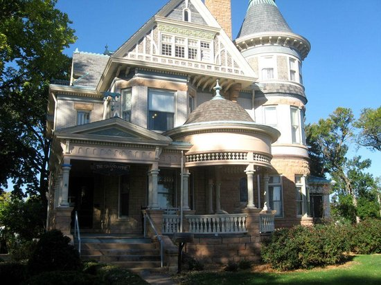 Keokuk, IA: Grand Anne Bed & Breakfast