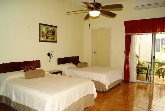 Hotel Casa Nobel: master suite 3