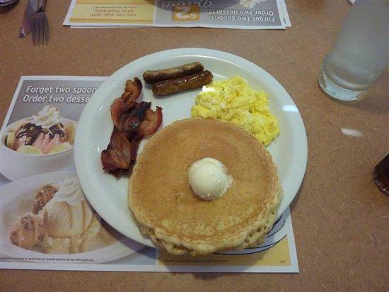 Denny's: Grand Slam Breakfast