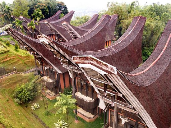 Toraja Heritage Hotel: from the roof top