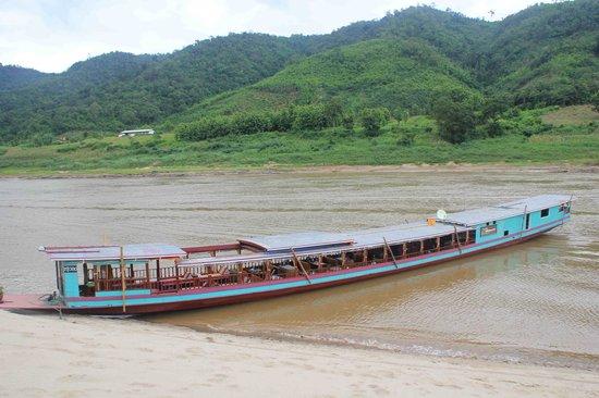 Shompoo Cruise: Shompoo boat 2