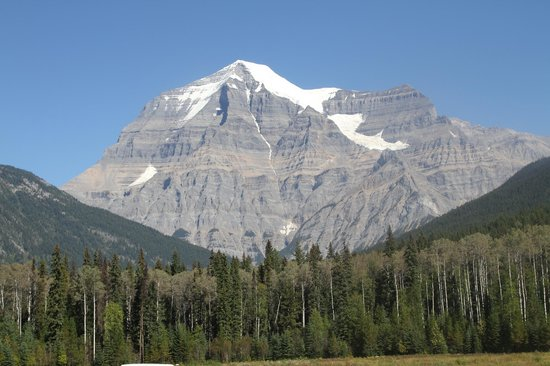 Jasper Motorcycle Tours Day Tours: Mt Robson, what a fantastic sight