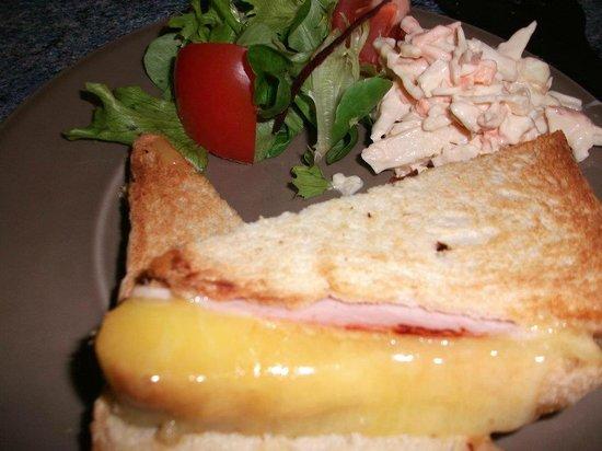 Angels: Cheese toastie