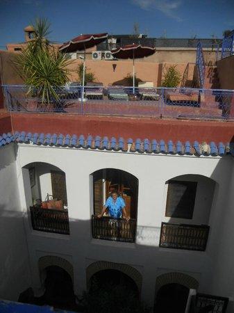 "Ryad Dar Ganou : sur le balcon de la chambre ""piment"""
