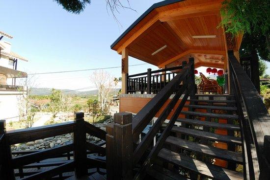 Sanwi B & B: 民宿觀景台