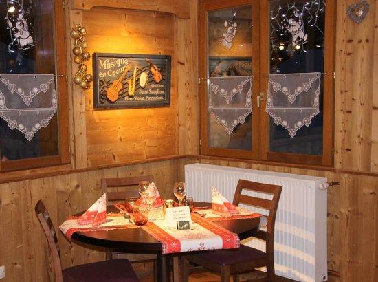 Table des Lodges : un coin de la salle