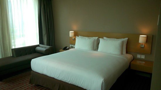 JS Luwansa Hotel and Convention Center: Grand Deluxe Room
