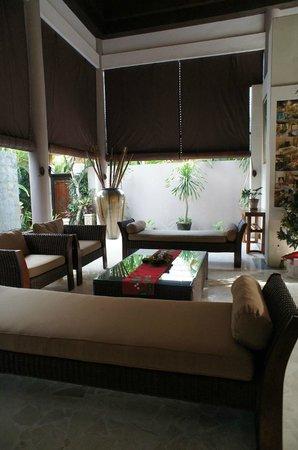 Bhavana Private Villas: ロビー
