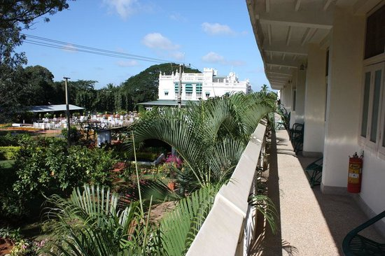 Green Hotel: view from garden section upstairs rooms
