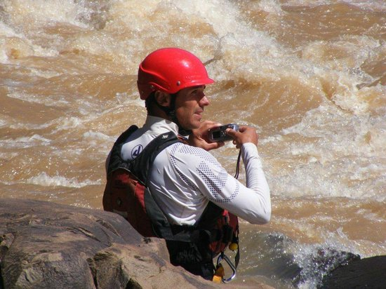 Itchyfeet SA: Documenting the action, Tugela River, South Africa