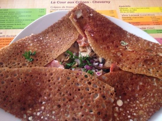 La Cour Aux Crepes : my delicious buckwheat pancake