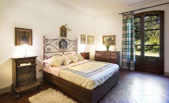 "Villa Arno Bed and Breakfast: camera matrimoniale ""Barbara"""