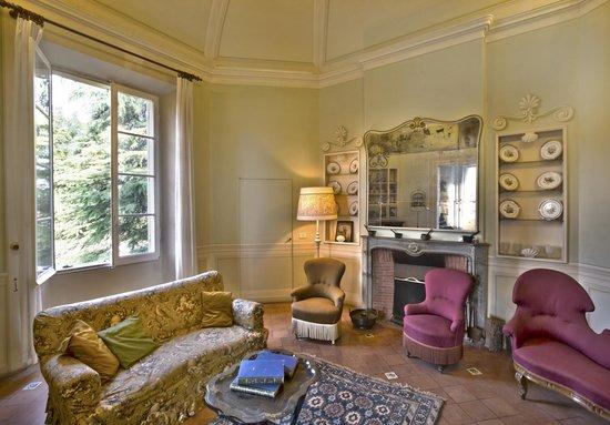 Villa Arno Bed and Breakfast: salotto primo piano