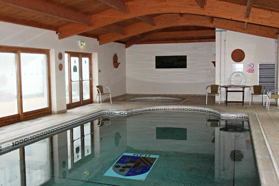 Norfolk Lodge Hotel: Indoor Pool