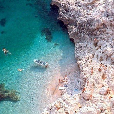 Ravello, Italia: la spiaggia degli innamorati