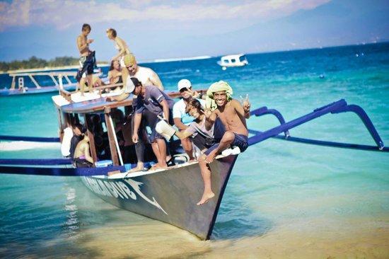 德拉娜安岛蓝马林潜水中心