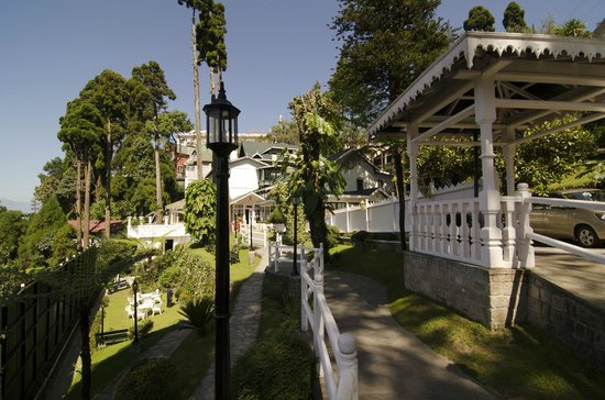 The Elgin, Darjeeling : Approach to the Reception