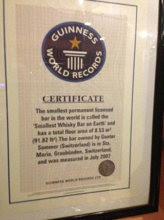Smallest Whisky Bar On Earth: Certificate from Guinness