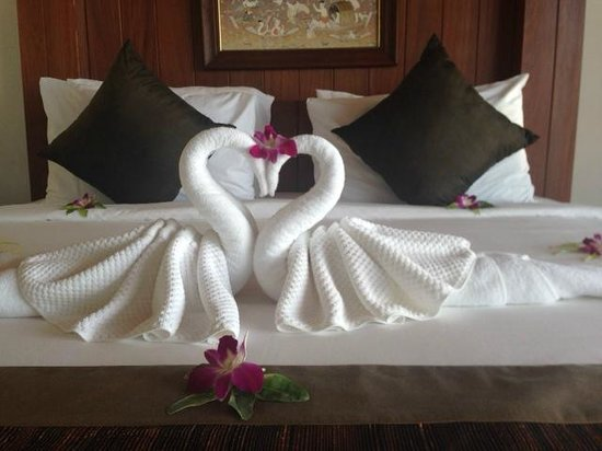 Ayara Kamala Resort & Spa: Our bedroom display