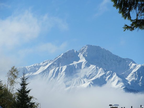 Seefeld in Tirol, Österreich: hocheder mountain - early snow oct 13