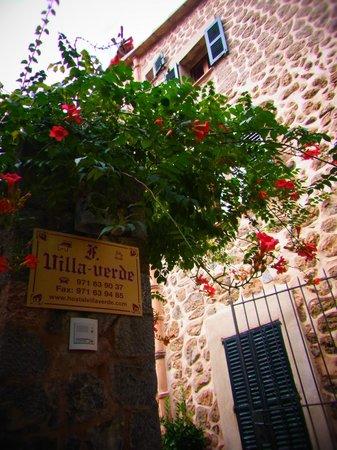 Hostal Villa Verde: Eingangsbereich