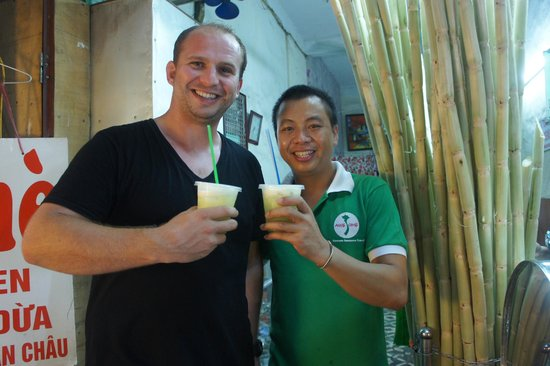 Vietnam Awesome Travel - Day Tours: Sugar Cane Drink - refreshing